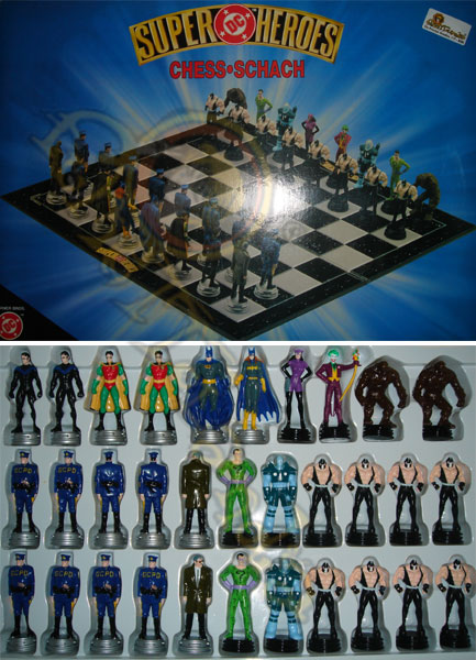 GADGETS SCACCHIERA DC HEROES CHESS SET (F2)