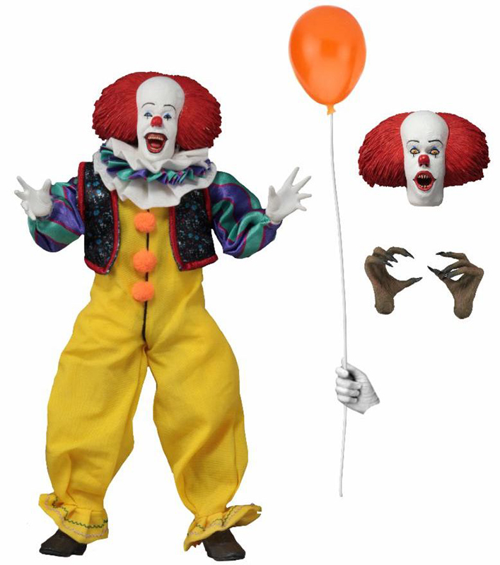 IT PENNYWISE CLOTHED ACTION FIGURE (1990)