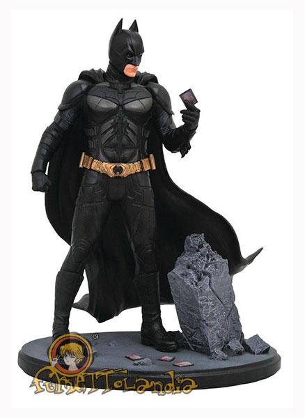 THE DARK KNIGHT DC MOVIE GALLERY PVC STATUE BATMAN